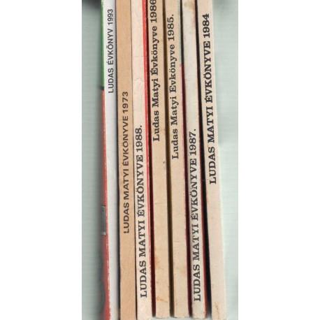 Ludas Matyi évkönyvek (7 db)